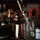 Restaurant : Les Bonimenteurs  - poste à cocktails -   © karine jaffrelot