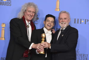 Brian May, Rami Malek et Roger Taylor avec le prix du meilleur film, drame, pour Bohemian Rhapsody