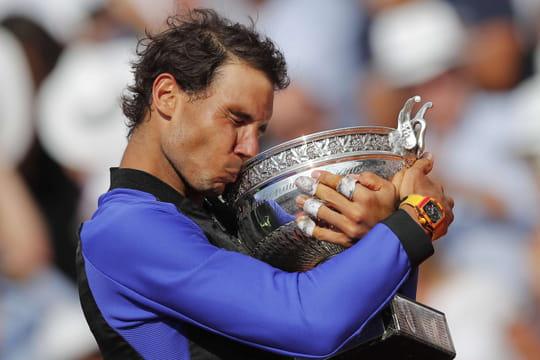 """Roland Garros: la """"decima"""" pour Rafael Nadal, vainqueur de Wawrinka"""