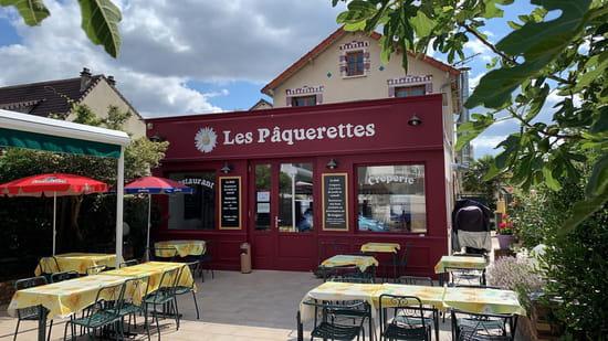Restaurant : Les Pâquerettes  - Une terrasse au calme -   © lespaquerettes