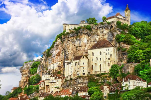 Rocamadour et ses maisons dans la roche