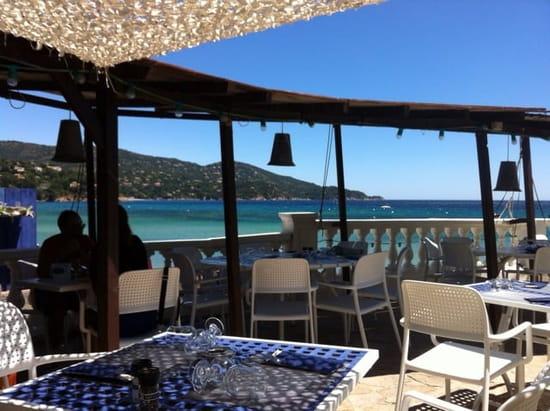 Restaurant : Akwaba Beach  - La terrasse  -