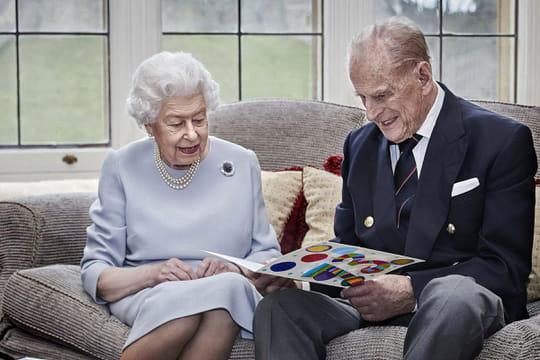 Direct. Mort du Prince Philip: une vie dévouée à la Reine, de nombreux hommages