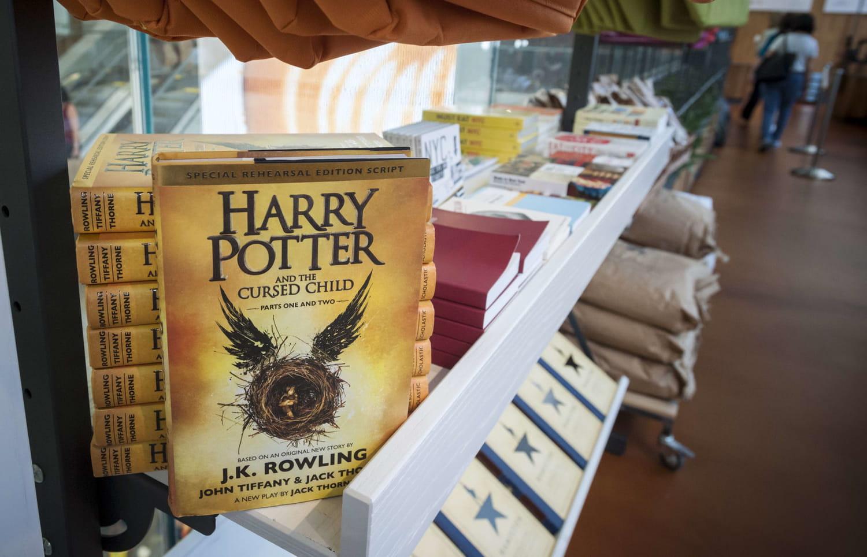 Le livre Harry Potter et l'enfant maudit enfin en librairie