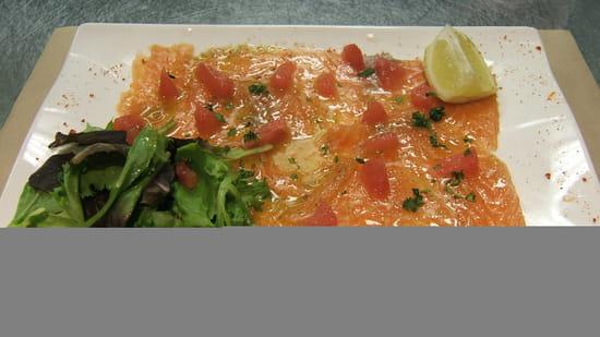Entrée : Cosy  - Carpaccio de saumon au pamplemousse -   © Cosy