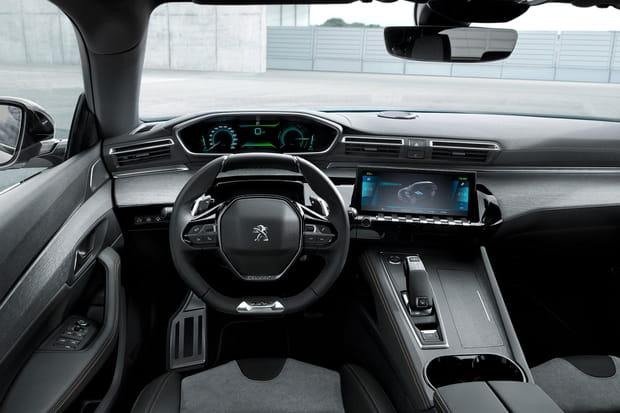 L'intérieur de la version hybride rechargeable