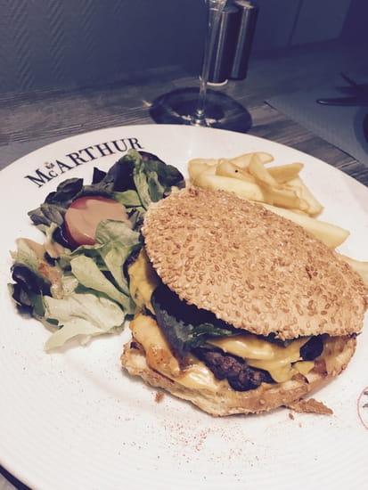 Le Mc Arthur  - Le burger classique du Mc Arthur Dunkerque -