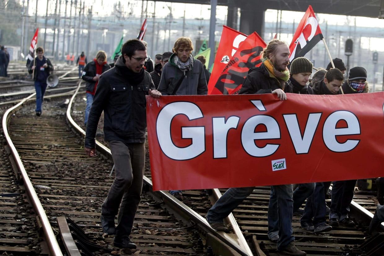 """Résultat de recherche d'images pour """"grève sncf"""""""