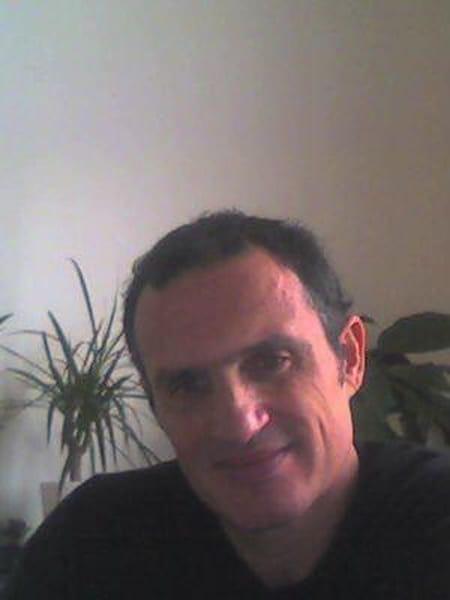 Larry Cohen-Jonathan