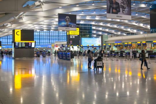 Londres: l'aéroport rouvre ce mardi, la bombe évacuée