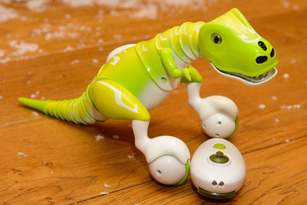 Zoomer Dino: un t-rex réactif