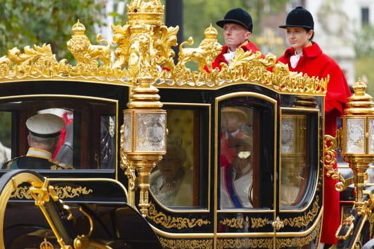 Brexit: une intervention de la reine et une semaine décisive