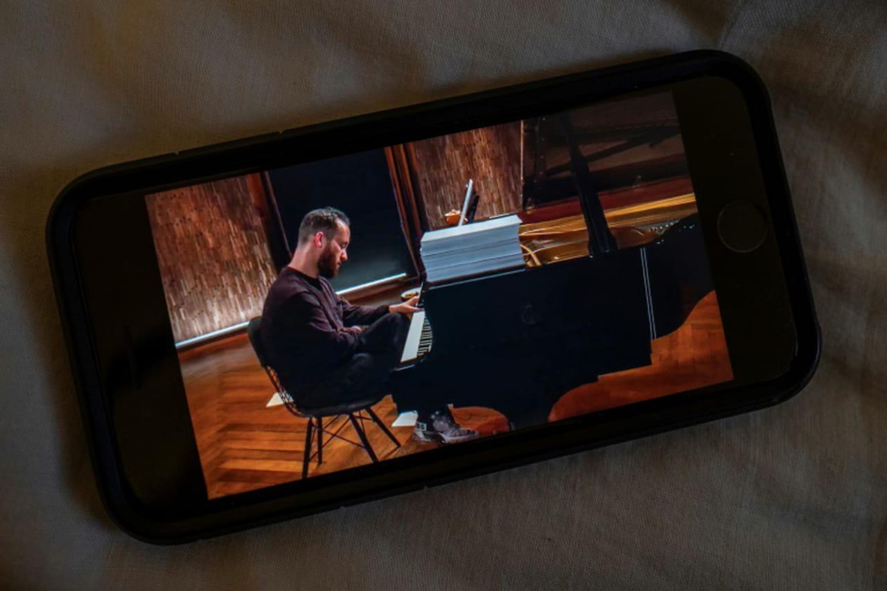 Coronavirus: le pianiste Igor Levit donne un concert de 20heures