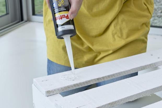 Application de colle sur la palette for Sur la table application