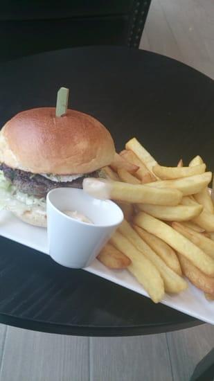Plat : Mak's Time  - Burger Chèvre miel -   © oui