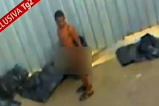 Lampedusa: lavidéo d'humiliation qui a choqué l'Italie