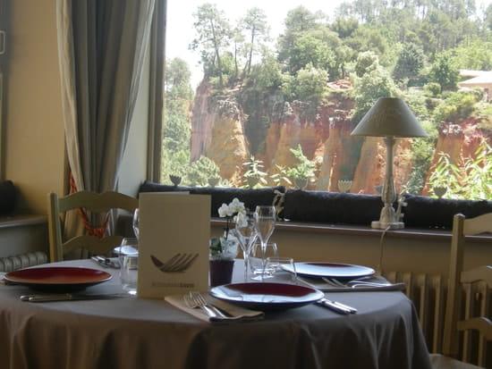 Restaurant David  - vue du restaurant coté falaises d'ocre -