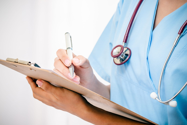 Implant Essure: quels sont les effets secondaires et complications de ce contraceptif Bayer?