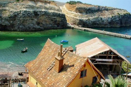 Popeye dans Anchor Bay, à Malte