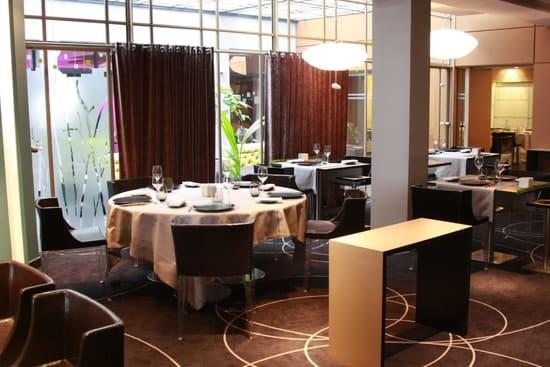 bons plans sur la mode lisse aspect esthétique Hostellerie du Chapeau Rouge, Restaurant gastronomique à ...