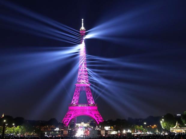 Le show spectaculaire des 130ans de la tour Eiffel en images