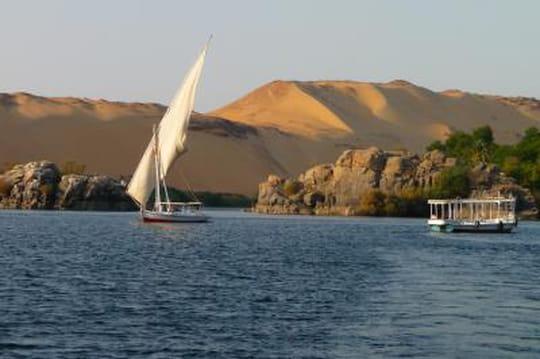 Egypte: les touristes rapatriés, les séjours à Taba annulés