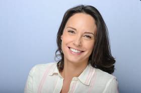 Julie Vignali: qui est l'animatrice qui remplace Faustine Bollaert?