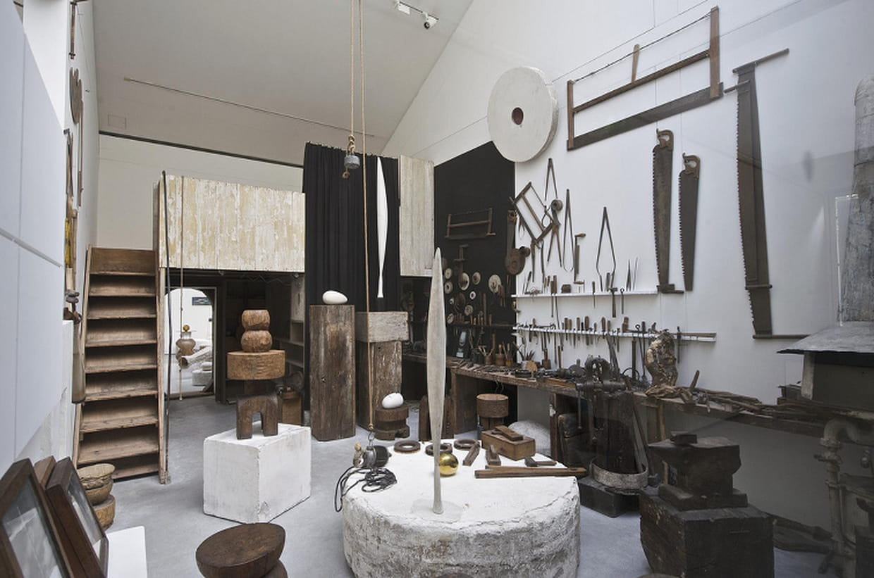 atelier brancusi du centre pompidou. Black Bedroom Furniture Sets. Home Design Ideas