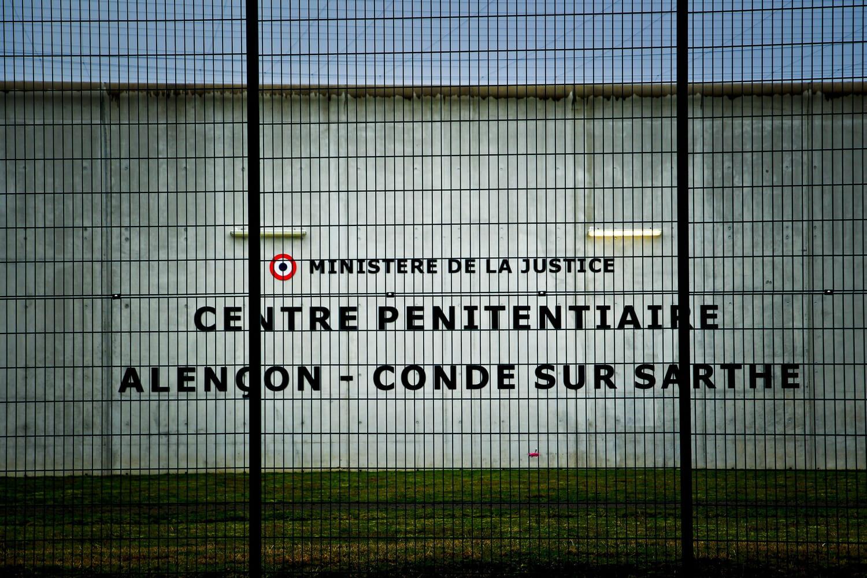 Condé-sur-Sarthe: qui est Sofiane Rasmouk, auteur d'une prise d'otages à la prison?