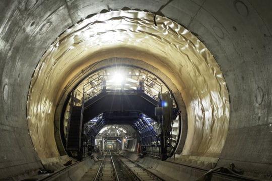 Le plus long tunnel ferroviaire du monde: le Saint Gothard
