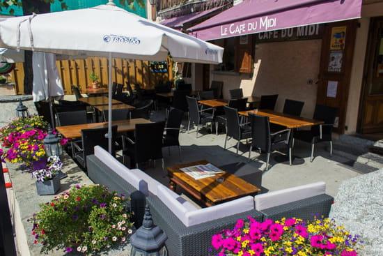Restaurant : Le Café du Midi - La Violette  - La terrasse ombragée -   © MD