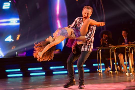 Danse avec les stars: Sinclair éliminé, Karine Ferri oublie sa culotte...