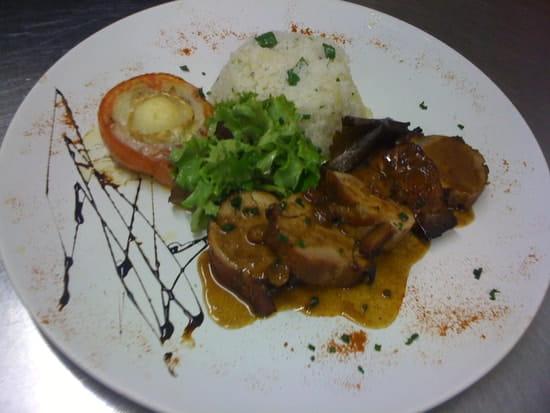 La Crémaillère  - magret sauce foie gras -   © lc
