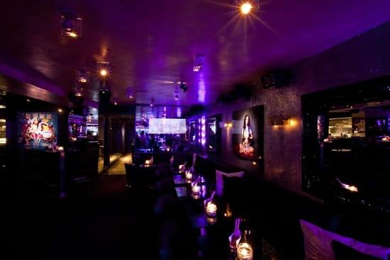 Le Quai  - décoration tendance du bar-restaurant -