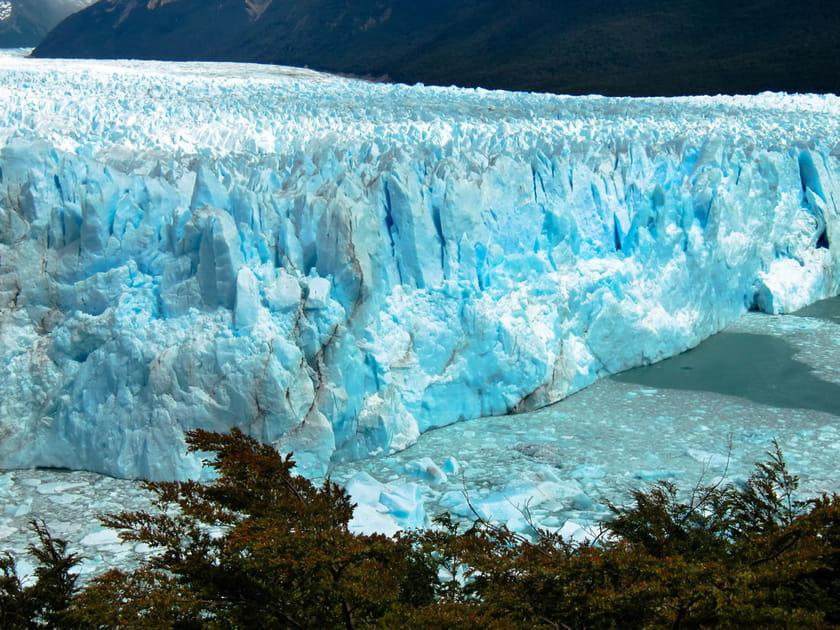 Un glacier bleu en Argentine