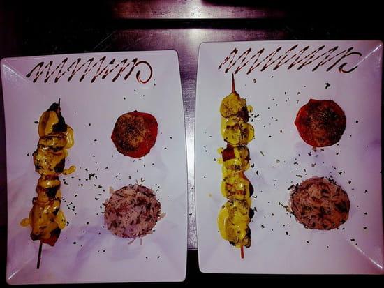 Plat : Melie Mel  - Brochette de dinde au curry et gingembre -   © Copyright