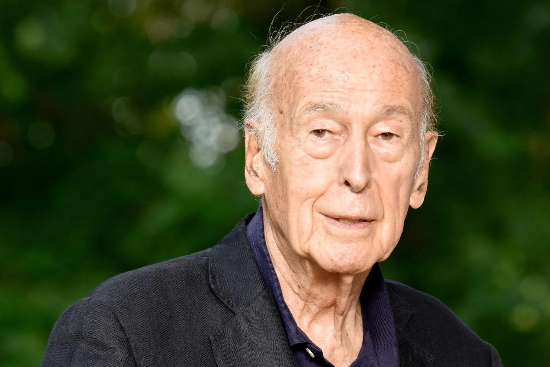 Valéry Giscard d'Estaing: son décès, sa carrière, sa famille [Biographie]