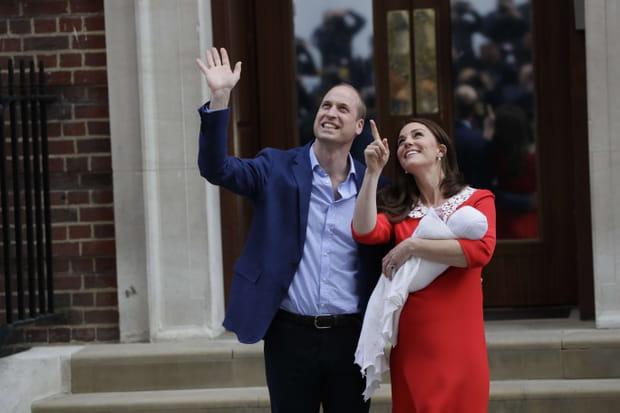 EN IMAGES - La petite famille de Kate et William s'agrandit