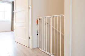 Meilleure barrière de sécurité bébé: nos conseils d'achat pour faire le bon choix