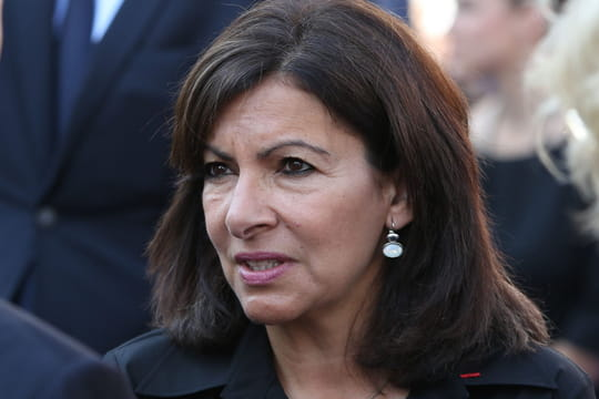 Champs-Élysées: un enfant tué dans un accident, Anne Hidalgo réagit