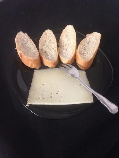 La Cantina Del Conquistadors  - tranche de Manchego (fromage espagnol) 4.90 euros  -
