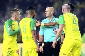 Nantes - PSG: Diego Carlos blanchi, Chapron s'excuse