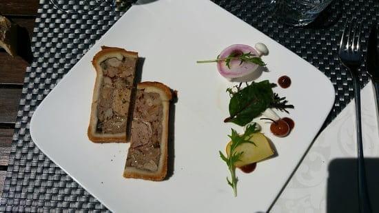 Entrée : Getaria  - Pâte en croûte de saison -