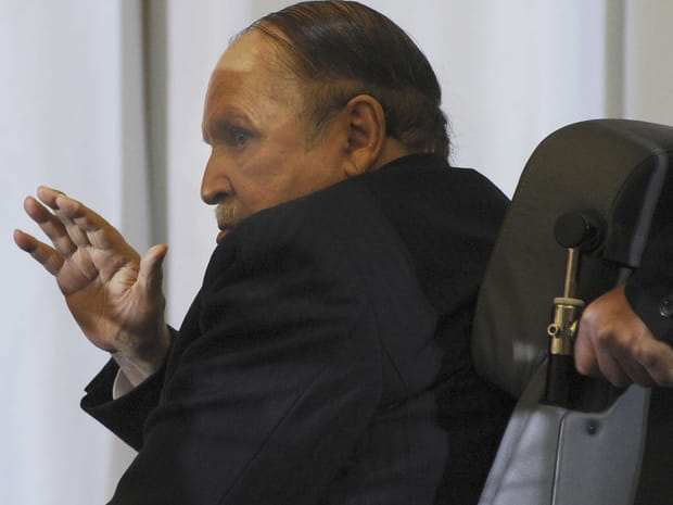 EN IMAGES - Bouteflika, le président devenu fantôme