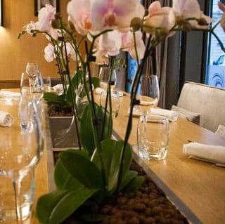 L'Antre Amis  - La table des amis de l'Antre Amis -   © l'Antre Amis