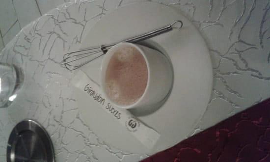 Dessert : L'Evasion  - La café et son fouet pour le sucre. -