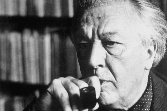André Breton: biographie de l'écrivain surréaliste auteur de Nadja