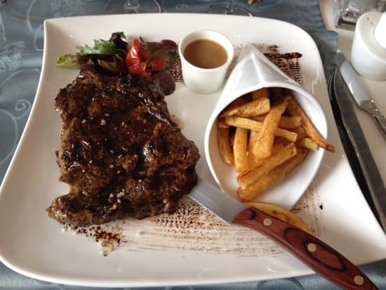 Plat : L' Essentiel  - Entrecôte et frites maison -