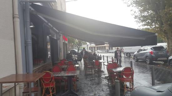 Entrée : Chez Sylvie et Doume  - entree -   © marineb