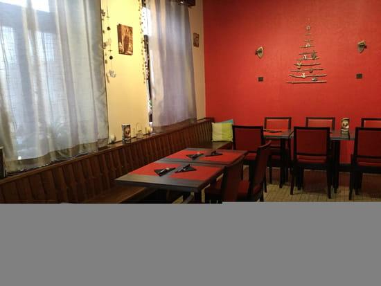 Cafe Resto Lorrain  - Petit salle -   © Copyright